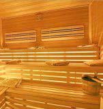 sauna frigidarium mit eis wasserfall. Black Bedroom Furniture Sets. Home Design Ideas